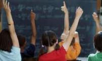 classe mani alzate